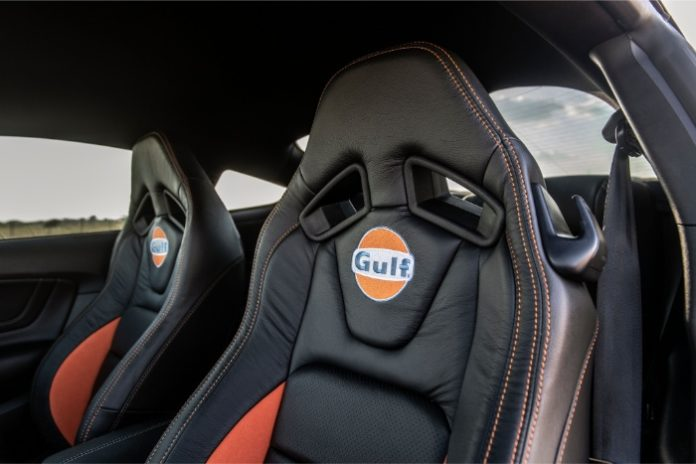 2019 Ford Mustang Gulf Heritage Edition - interior